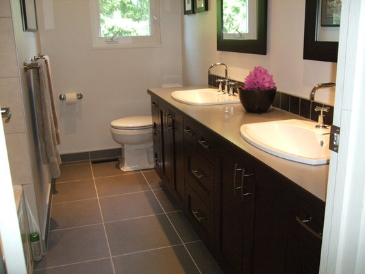 Vancouver bathroom renovation gallery bruno 39 s best for Bathroom remodel vancouver wa
